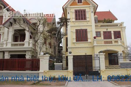 Chính chủ cần bán nhà biệt thự, khu đô thị việt hưng, 251m2